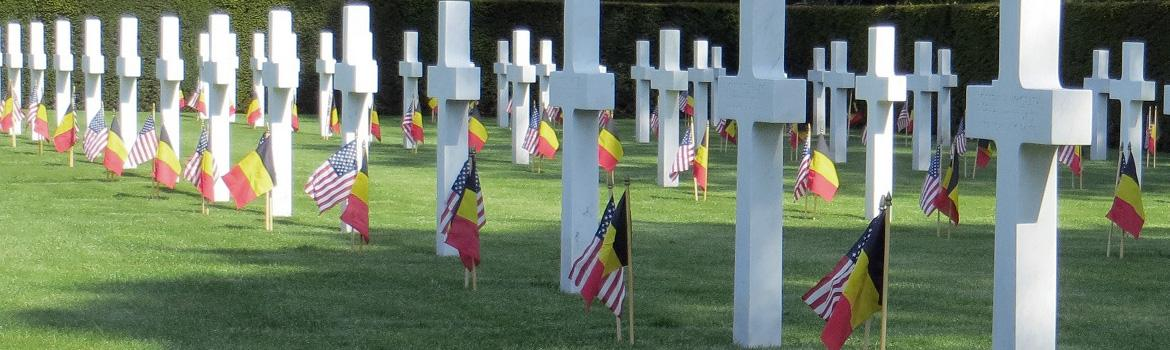 hero image for flanders field cemetery