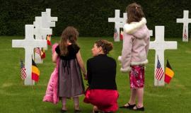 mother with children at grave