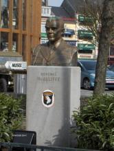 McAulife monument Bastogne