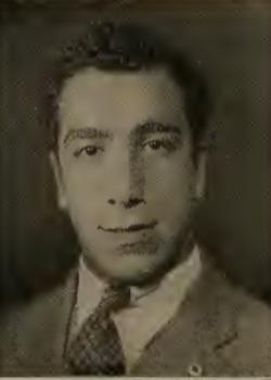 Tzolag Aaronian photograph