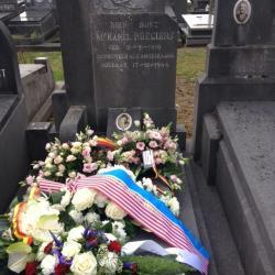 Roegiers grave 2